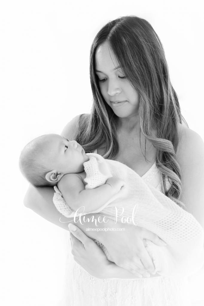 Motherhood - Newborn Session - Bay Area Newborn Photographer - www.aimeepoolphoto.com